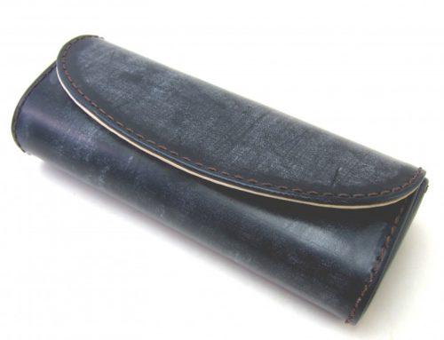 英SW社製ブライドルレザー 、  少し大きめのメガネケース