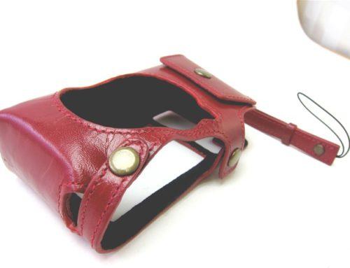 イタリアンアニリンレザー製、専用カメラケース