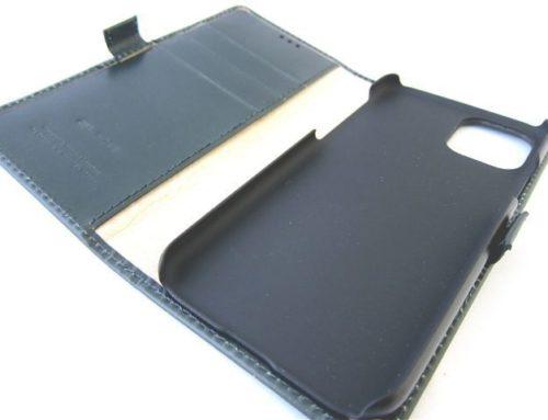 英SW社製ブライドルレザー 、二つ折りの iPhone 11 pro ケース