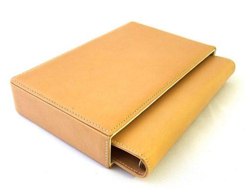 ベジタブルタンレザー、ボックス付きのシステム手帳