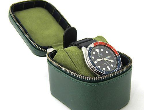 イタリアンスムースレザー 、コンパクトな時計ケース